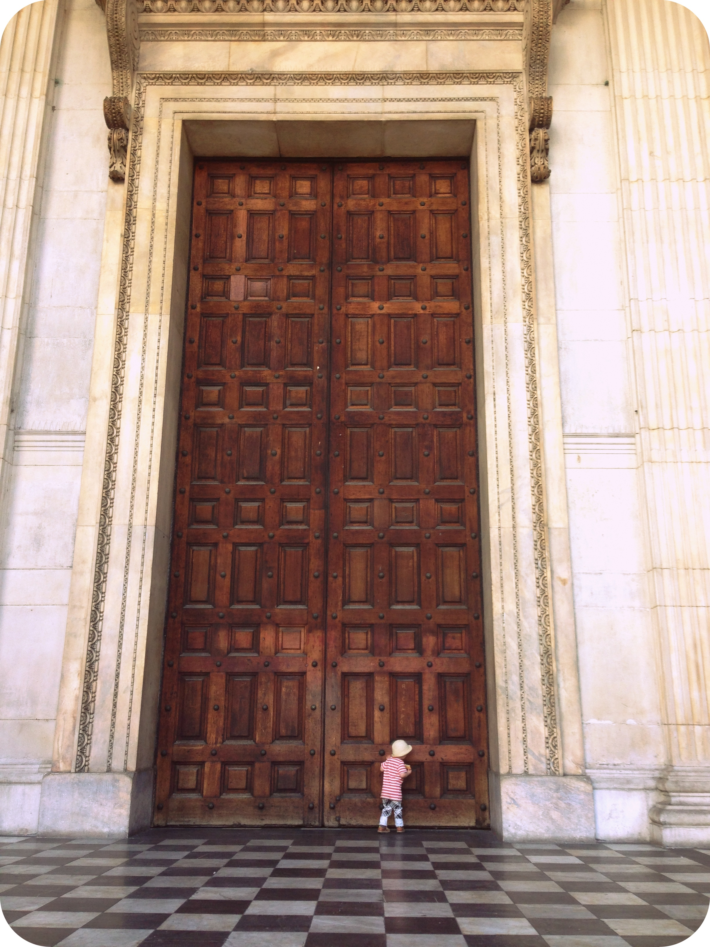His little knuckles rapping on that great big door. Oh my cuteness! I want to tell you that the doors then swung open with heraldic abandon but no. & Laaaahndaaaan | Dear Albie Pezcame.Com